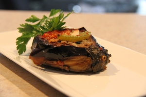 Turkish-stuffed-eggplant-karniyarik-1